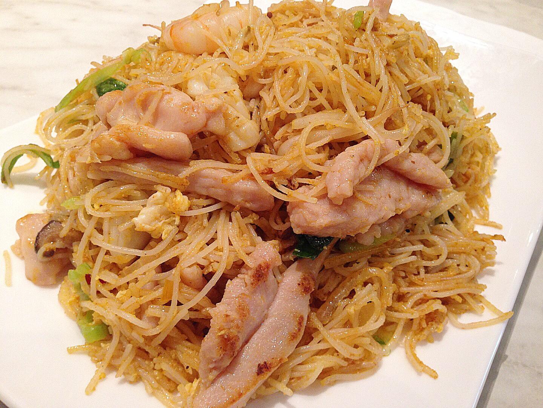 Stir fried vermicelli noodles