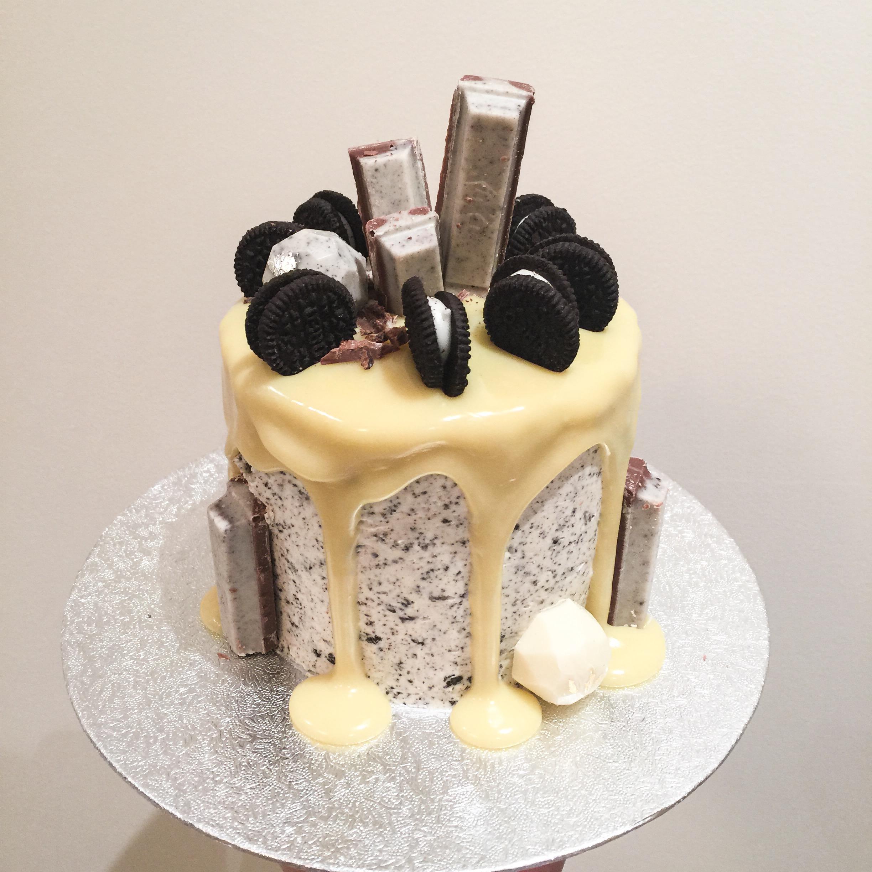 Cookies Cream Cake