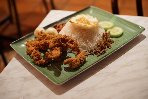 Fried chicken nasi lemak ($9.50)